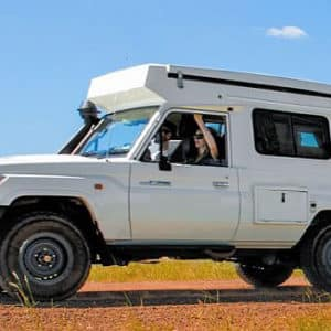 Landcruiser 4wd pop-up camper
